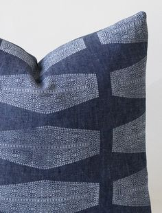 susan connor new york | indigo linen inlay cushion, pattern detail