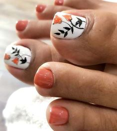 Zehennageldesign 51 Adorable Toe Nail Designs For This Summer Pretty Toe Nails, Cute Toe Nails, Diy Nails, Orange Toe Nails, Gel Toe Nails, Shellac Nails, Toe Nail Color, Toe Nail Art, Toe Nail Designs