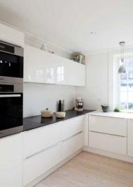 Køkkener: Praktisk, hvidt - men ikke kedeligt | BO BEDRE