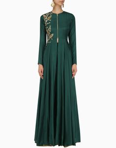 Green flat chiffon sequins embroidered jacket with green georgette sharara. Material: Flat Chiffon, Georgette and Satin Care: Dry Clean Only Abaya Fashion, Indian Fashion, Fashion Dresses, Indian Gowns Dresses, Indian Outfits, Eastern Dresses, Chiffon Jacket, Green Flats, Sharara