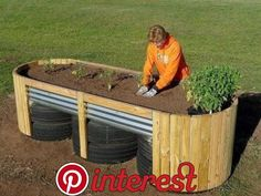 garden beds Noble Foundation Offers New, Free Book For Easy Access Raised Garden Beds Diy Garden Bed, Veg Garden, Vegetable Garden Design, Garden Boxes, Diy Garden Decor, Easy Garden, Raised Vegetable Gardens, Garden Pallet, Veggie Gardens