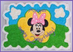 Minnie Mouse Pull-Apart Cupcake Cake. Made by Kelly Banks, feel free to repin, but please don't claim it as your own.