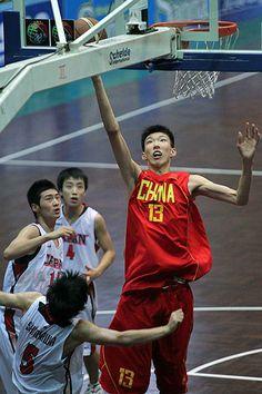 ¿El heredero de Yao Ming? Un 2.17 m. de 18 años lidera la liga china en tapones  #baloncesto #basket #basketbol #basquetbol #kiaenzona #equipo #deportes #pasion #competitividad #recuperacion #lucha #esfuerzo #sacrificio #honor #amigos #sentimiento #amor #pelota #cancha #publico #aficion #pasion #vida #estadisticas #basketfem #nba