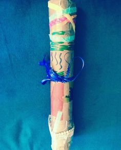 On #TravelTuesday, celebrate and learn about Chile Independence Day with your kids/students and make a Chilean rain stick!  #celebrate #chile #chilean #chileindependenceday #kids #children #globaled #globaleducation #education #school #homeschool #teachers #parents #fun #craft #kidscraft #rainstick #chileanrainstick #world #culture #learn #rain #music #decorate #color #travel #family #history #spanish