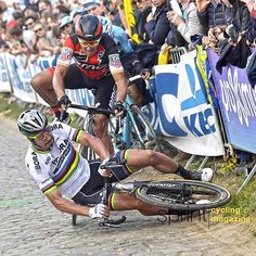 @petosagan #crash with @gregvanavermaet @rondevanvlaanderenofficial #pictureday #photo by @peterdevoecht @bettiniphoto #sprintcycling