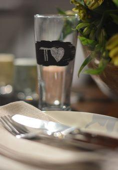 Dia dos Namorados + Copa veja como decorar: http://casadevalentina.com.br/blog/detalhes/nosso-dia-dos-namorados-em-clima-de-copa-2891 #details #interior #design #decoracao #detalhes #decor #home #casa #design #idea #ideia #charm #charme #casadevalentina #tableware #mesa