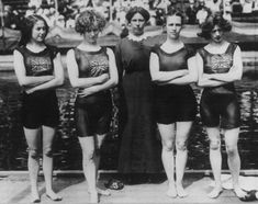 Vintage Sports: 1919 Australian Women Swim Team