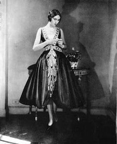 Historical reference for Alexander McQueen's Spring/Summer 2013 collection. 1920s robe de style dress. 3/15/16
