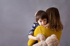 Amor materno é capaz de desenvolver o cérebro dos filhos, diz estudo