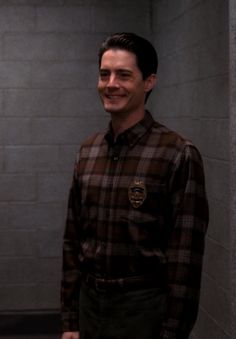 Kyle MacLachlan in Twin Peaks Twin Peaks Tv Show, I Hate Boys, David Lynch Twin Peaks, Kyle Maclachlan, Film Pictures, Special Agent, Old Love, Best Tv Shows, Actors