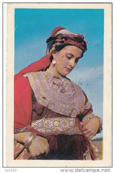 CPA ALGERIAN WOMAN IN FESTIVAL CLOTHES, JEWISH TYPES (Numéro d'objet: #244160085)