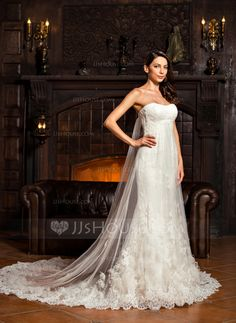 Trumpet/Mermaid Sweetheart Chapel Train Tulle Lace Wedding Dress With Ruffle (002067213)