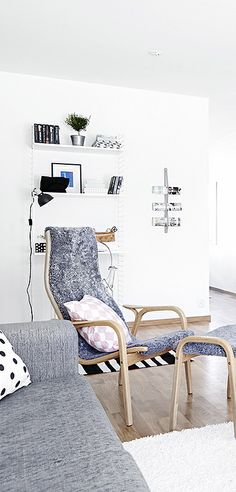 Via NordicDays.nl | Grey and White in Sweden | Scandinavian