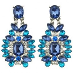 SHARE & Get it FREE | Pair of Vintage Rhinestone Faux Sapphire Earrings For WomenFor Fashion Lovers only:80,000+ Items • FREE SHIPPING Join Twinkledeals: Get YOUR $50 NOW!