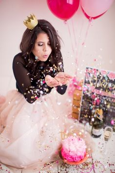 Seriously everyone should turn 30 as fabulous as Deseree! I am so in love with the photos from her adult cake smash. Happy 30th Deseree! You are just as gorgeous inside as you are outside, and I know your 30's are going to be AWESOME!Session details:Photo Studio/Photographer:…