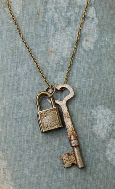 LOCK and KEY Necklace Vintage Skeleton KEY