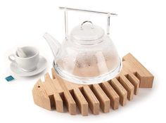 Make a simple and fun trivet – fast – with wood from the scrap bin.