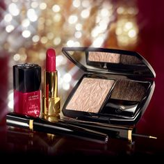 Chanel Les Scintillances de Chanel Collection...gorgeous!