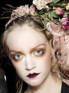 Halloween make-up inspiration : John Galliano - Detail
