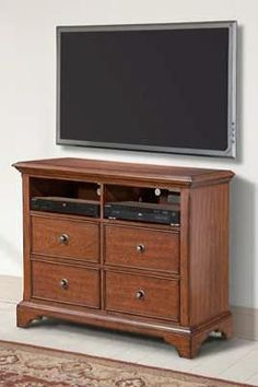 PLYMOUTH Media Chest 797-682