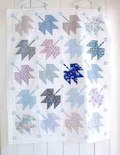 MessyJesse: Canadian Maple Leaf Quilt Top