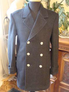 Fishbone wool melton peacoat. Dvouřadový krátký kabát z vlěného flauše se vzorem rybí kosti.