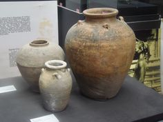 more Ming dynasty jars on display at the Museo de Baler