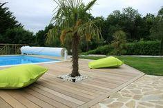 Palmier, piscine,  terrasse bois Old Port, Spa, Deck, Outdoor Decor, Home Decor, Images, Google, Outdoor Seating, Terraces