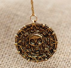 Pirates of the Caribbean Aztec Gold Coin Necklace ... Wow so cheap...!!