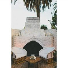 A roaring fire and loads of candle light. The ultimate in romantic spots  . Image via @steviemay_byronbay