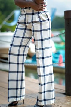 Check print pants and christian louboutin Print Pants, Check Printing, Fancy Pants, Have A Great Day, Wide Leg Pants, Christian Louboutin, Crop Tops, Celebrities, Outfits