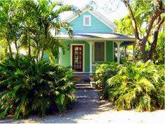 Key West House Color Schemes | Fabulous Exterior Color Scheme in 7 Steps. | Color Zen