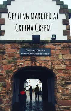 Getting married at Gretna Green - how to organise a wedding on a budget 26bbf4e223