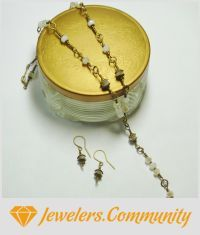 EDITOR'S CHOICE (09/23/2015) White Alabaster Gold Czech Crystal Beads and Wire Jewelry Set by PrettyWearJewelry View details here: http://jewelers.community/creations/2767-white-alabaster-gold-czech-crystal-beads-and-wire-jewelry-set