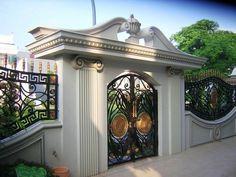 Fence Gate Design, Front Gate Design, Main Gate Design, House Gate Design, House Front Design, Facade Design, Pool House Decor, Main Entrance Door Design, Classic House Design