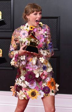 All About Taylor Swift, Long Live Taylor Swift, Taylor Swift Hot, Red Taylor, Taylor Swift Pictures, Katy Perry, Blond, Miss Americana, Indie