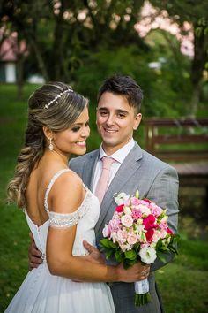 ♥ Gislaine Frota   Tulle - Acessórios para noivas e festa. Arranjos, Casquetes, Tiara