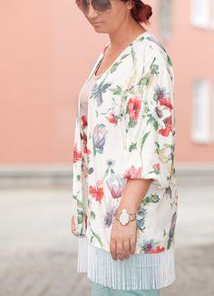 DIY turn a shirt into a beautiful Kimono !!!!!