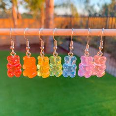 Funky Jewelry, Cute Jewelry, Indie Photography, Indie Girl, Accesorios Casual, Aesthetic Indie, Gummy Bears, Indie Outfits, Indie Fashion