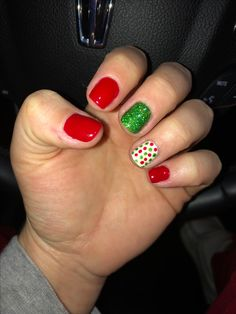 Nail art Christmas - the festive spirit on the nails. Over 70 creative ideas and tutorials - My Nails Cute Christmas Nails, Xmas Nails, Christmas Nail Art Designs, Holiday Nails, Kids Christmas, White Christmas, Gold Nail Art, Gold Nails, Shoe Nails
