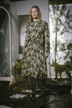 Gary Graham Fall 2016 Ready-to-Wear Collection Photos - Vogue Fall Fashion 2016, Ny Fashion Week, Fashion Days, Fashion Show, Autumn Fashion, Gary Graham, Vogue, Flowing Dresses, 2016 Trends