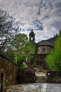 Monasterio de Caaveiro, Fragas del Eume....Pontedeume. (A Coruña). Galicia. Spain.