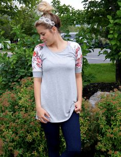 The Ari Floral 3/4 Sleeve Tunic