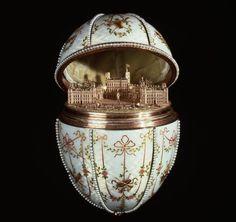 Ovo Fabergé - Peter Carl Fabergé - 1846/1920 - Joalheiro Russo.