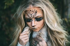 halloween lion lioness makeup and costume www.jessakae.com/blog/lioness