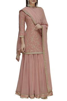 Buy Embroidered Kurta Set by Dabka Dori at Aza Fashions Party Wear Indian Dresses, Indian Fashion Dresses, Designer Party Wear Dresses, Pakistani Dresses Casual, Indian Bridal Outfits, Dress Indian Style, Pakistani Dress Design, Indian Gowns, Indian Attire