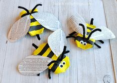 This awesome recycled bee craft is a cute insect craft, Earth Day Craft, fun spring kids craft, cool recycled kids craft and cardboard roll craft for kids. Bee Crafts For Kids, Spring Crafts For Kids, Mothers Day Crafts, Preschool Crafts, Crafts To Make, Easy Crafts, Insect Crafts, Bee Images, Serpentina