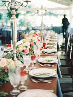 Estate Tables with Pink Flowers | photography by http://www.jessicascottphoto.com/