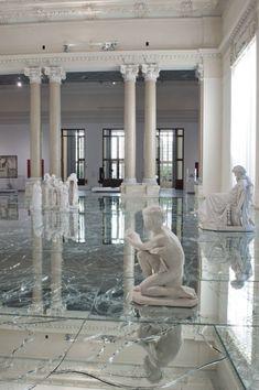 Broken mirror floor, Italy | DIY | Pinterest | Broken mirror floor ...
