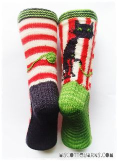 amazing cat sock pattern with en trend circus style get granny to make them for you alice Biscotte's folly pattern by Micheline Goulet for Biscotte & Cie inc. Get your free copy until December Crochet Socks, Knitting Socks, Hand Knitting, Knit Crochet, Bed Socks, Cozy Socks, Knitting Patterns, Crochet Patterns, Christmas Knitting